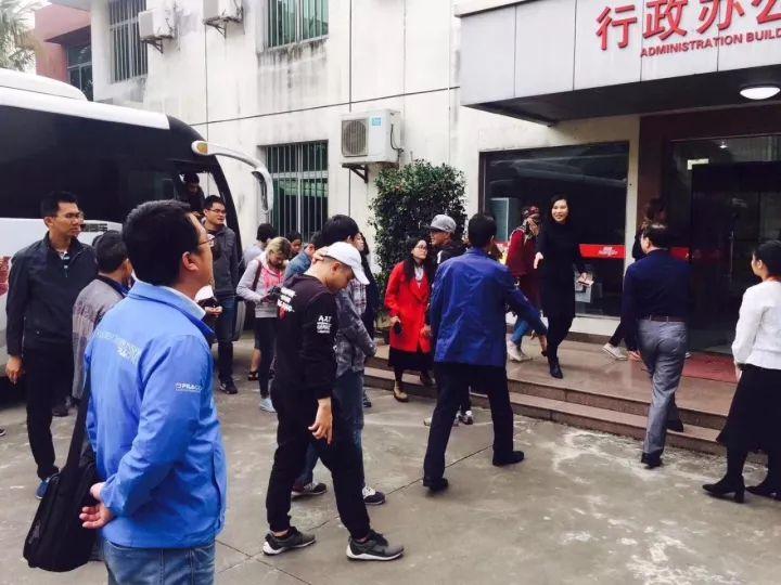 35家中外媒体齐聚南国 为冬交会报道预热!