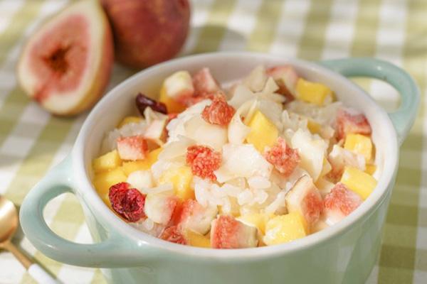 椰浆糯米饭加入这几种水果干 瞬间好吃100倍